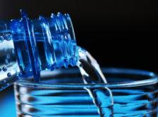 水を飲むと認知症にならない
